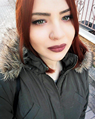 Η Μαρία Μούτλα εργάζεται σαν κομμώτρια 3 μήνες μετά την αποφοίτησή της από την σχολή κομμωτικής Gianneri Academy